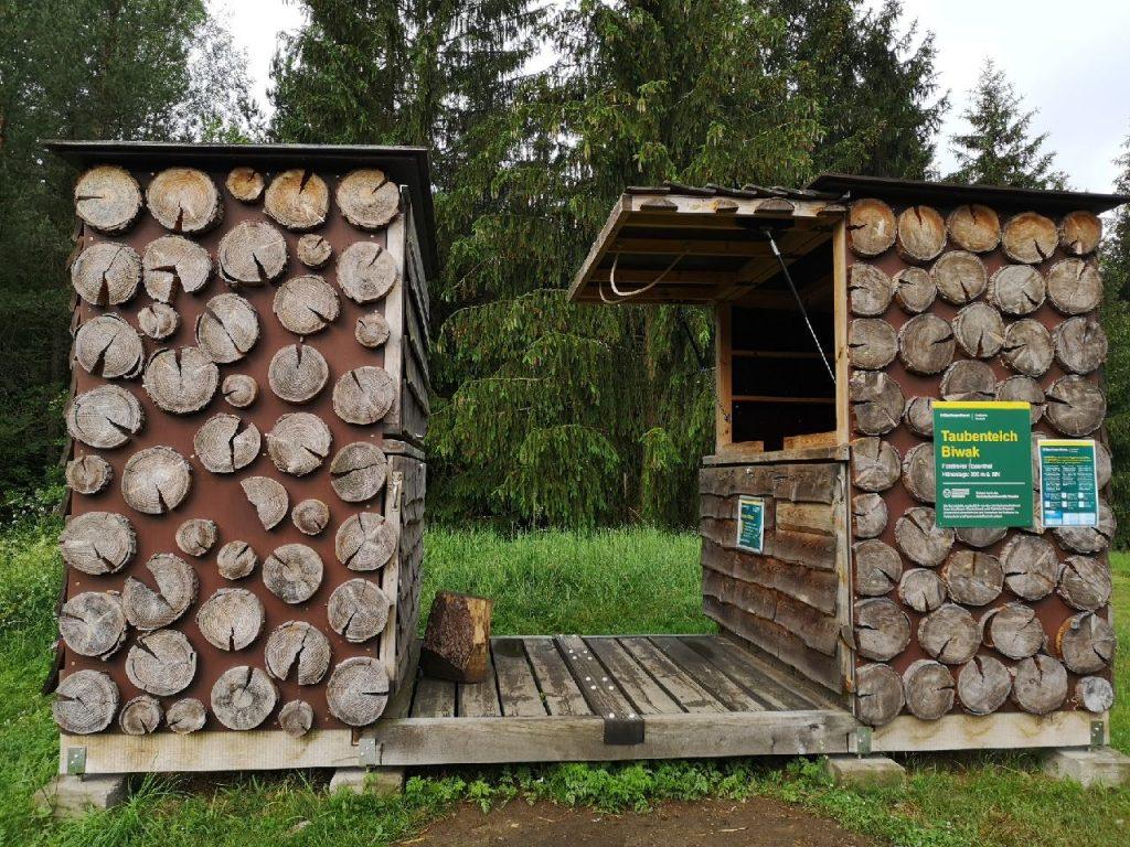 Biwak Taubenteich mit Hütte