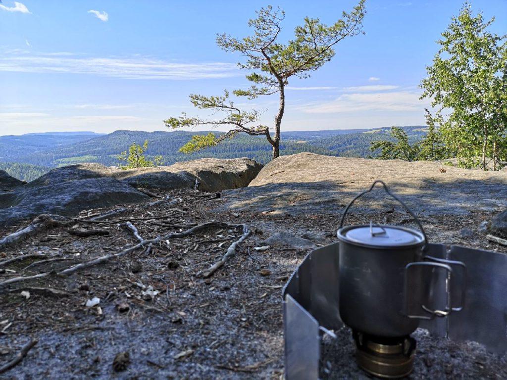 Kaffee kochen auf dem Dreikanter