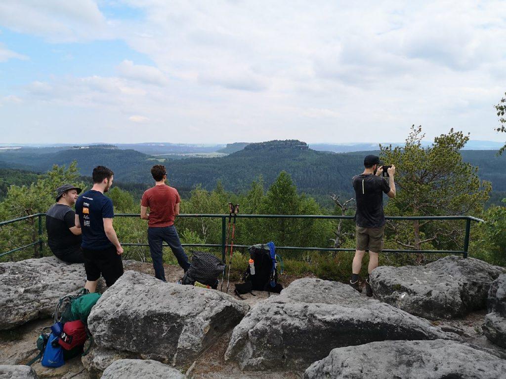 Das Aussichtsplateau auf dem Lampertsstein
