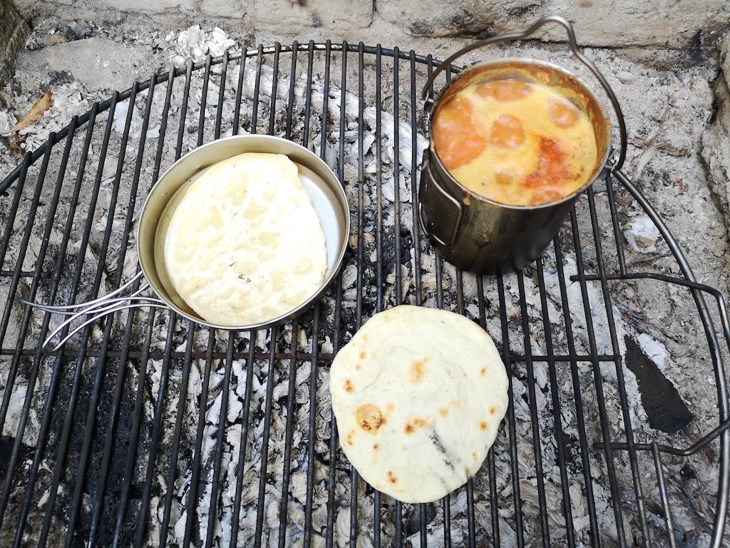 Süßkartoffeleintopf mit Bannockbrot