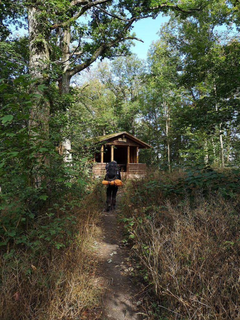 Die Steigerwaldhütte auf dem Weg nach Michelau im Steigerwald