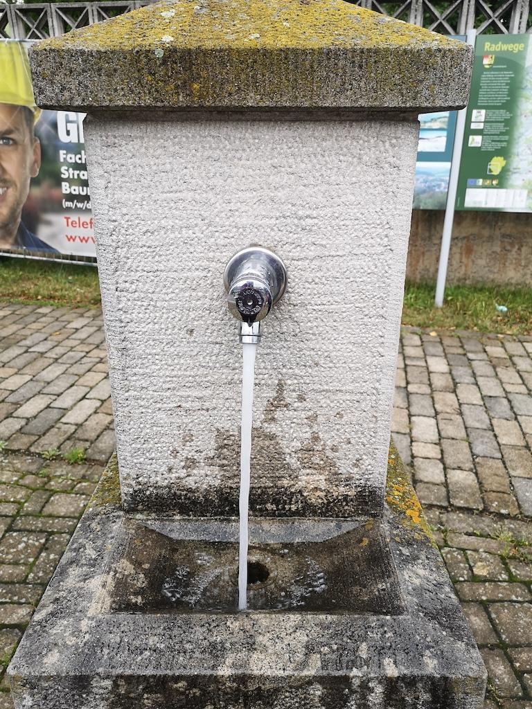 Trinkbrunnen in Untersteinbach