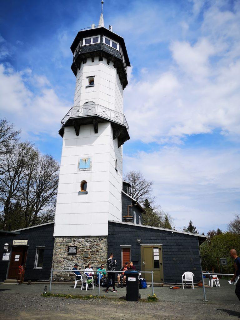 Der Fröbelturm nahe der Bergstadt Oberweißbach